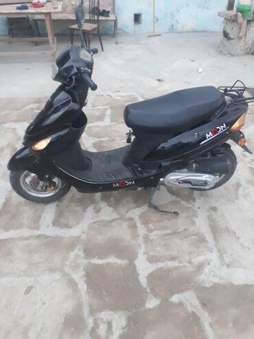Moon moped satilir ela veziyetde problemsiz otur sur .whatsapp