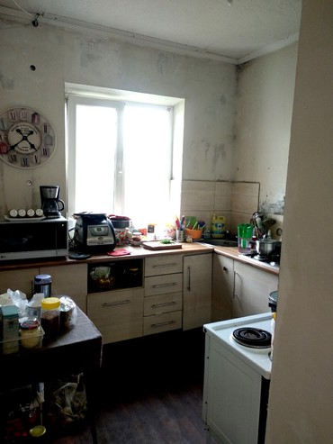 Продаем 2-ком. квартиру, 47 кв.м . 2 этаж в Бишкек