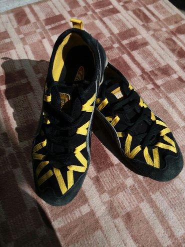 обувь б/у 37 размер, состояние хорошее, цена 1-150с, 2-150с, 3-200с, 4 в Бишкек