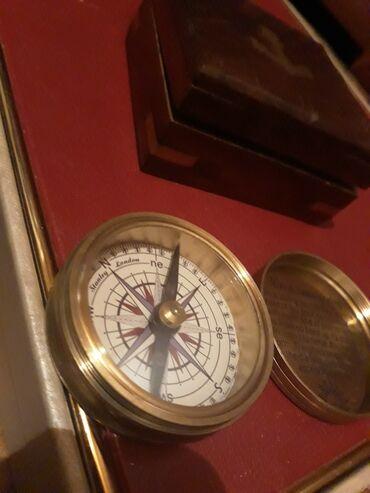 Антикварные часы - Кыргызстан: Винтажный компас от битлс 1964  Прошу 2000 сом
