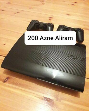 sony hdr cx550e в Азербайджан: Playstation3 aliram en yuksek qiymetle.razilawib siz eziyyet cekmeden