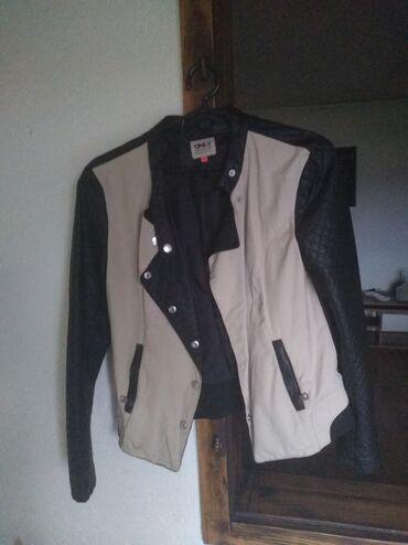 Only jaknica za prelazni period,jako zanimljiva i