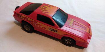 Autic Chevrolet Corvette oko 1:32(15 cm.),motor na povlacenje,plastika