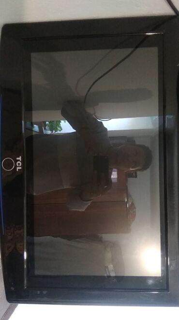Компьютеры, ноутбуки и планшеты в Каракол: Монитор с vga выходом без ножки, но ест с крепление на стенку