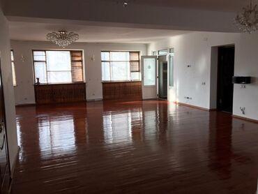 вечерняя сумочка в Кыргызстан: Сдаю 4-х комнатную квартиру под офис в центре города, район Вечерний