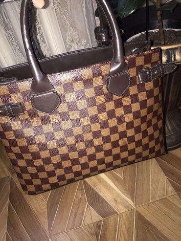 louis vuitton klatch в Кыргызстан: Сумка от Louis Vuitton (копия люкс качество) с ремешком