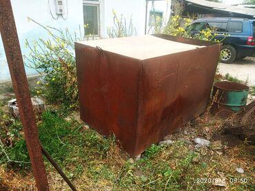 металлический шифер цена бишкек в Кыргызстан: Продаю большой металлический бак на 3 тонны размер 2.0м х 1.27м х 1.27