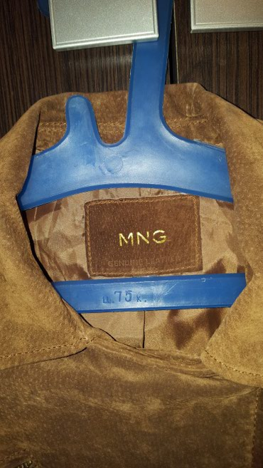 Продаю пиджак-куртка Mango (замша).Размер в Бишкек