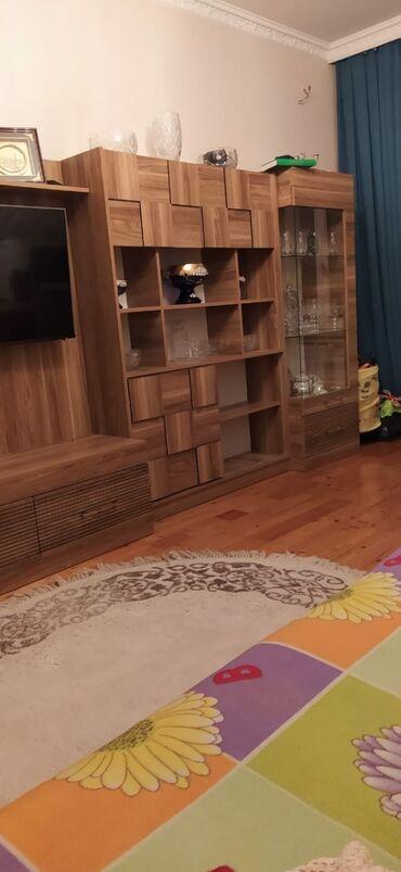 трюмо - Azərbaycan: Komod, Termo