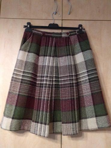 Zara zimska suknja S veličine, vuna sa strane dva džepa, lep model