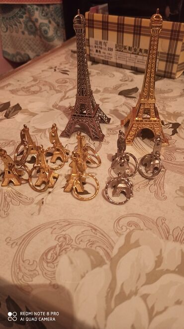 цо париж в Кыргызстан: Статуэтки привезенные из Парижа