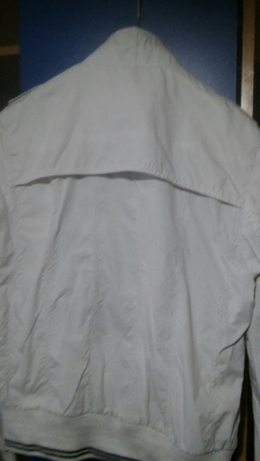 Prolecna jakna ,velicina m,malo nosena - Futog