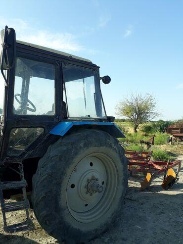traktor 892 - Azərbaycan: Salam. Traktor 1221. saz vəziyyətdədir. Əlavə olaraq lafet,böyük arx