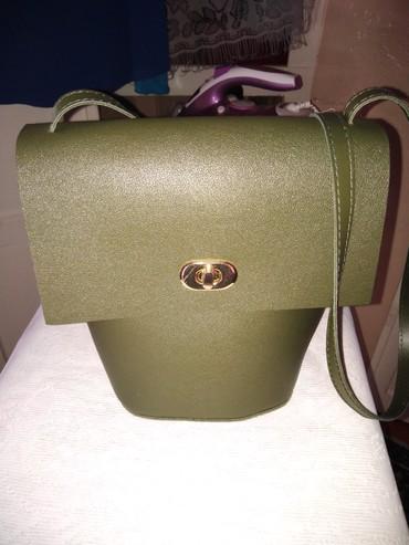 сумочку синий цвет в Кыргызстан: Продам новую миниатюрную сумочку хорошего качества! цвет,как на 2