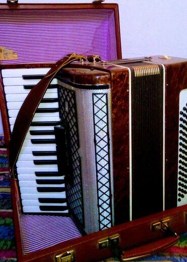 Аккордеоны - Кыргызстан: Срочно продаю аккордеон в хорошем состоянии