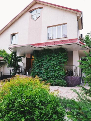 Продам Дома от собственника: 300 кв. м, 7 комнат