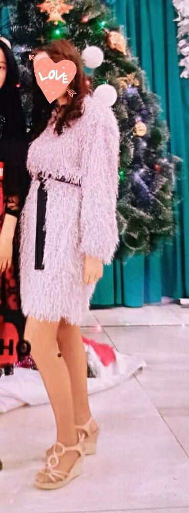 Лёгкое красивое платье Размер S, M  Состояние идеальное, одевала толь