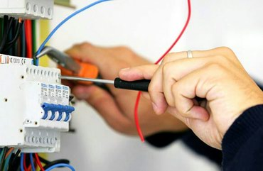 Bakı şəhərində Tikintidə elektrik ustası tələb olunur.