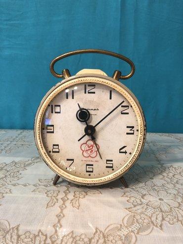 stolustu saatlar - Azərbaycan: Saat antika. moskva 1985. tam ishlekdi