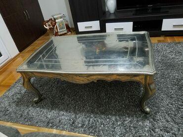 Srebro - Srbija: Sto, antikvitet, velik, tezak, srebrne boje, kupljen u Italiji