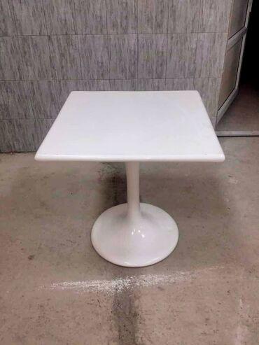 купить диски на 15 бу в Кыргызстан: Стол литой, размер-700/700, высота стола 720. Для кафе, летних