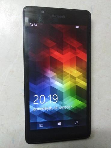 Microsoft   Srbija: Mobilni telefon sa slike, Microsoft Lumia 540 dual, u funkciji samo
