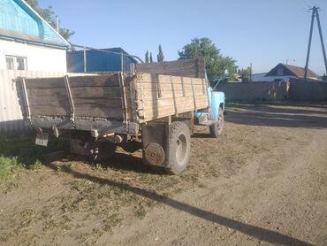 Грузовики - Кыргызстан: Срочно Продаю газ 52 1979 на ходу три масловым колеса обмен на скот
