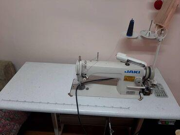 Швейные машины в Кыргызстан: Продаю швейную машинку в хорошем состоянии окончательно