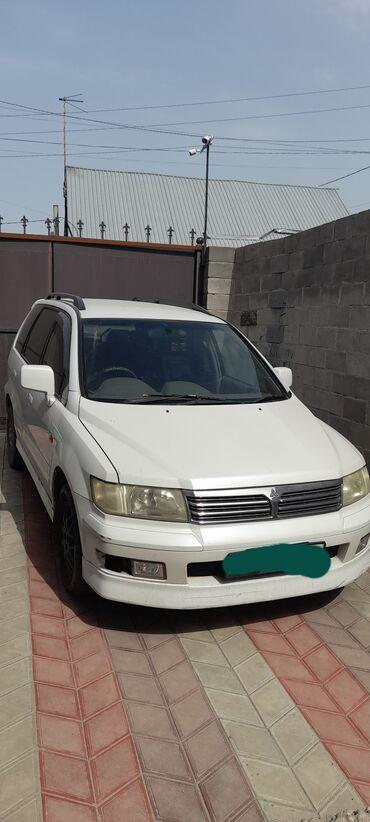 Автомобили - Бишкек: Mitsubishi Chariot 2.4 л. 1998 | 252550 км