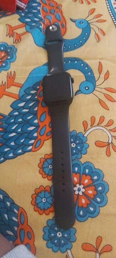 Smart watch looks like apple watch