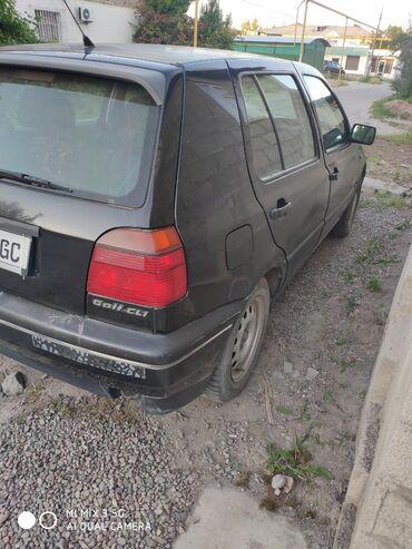 Volkswagen Golf 1.8 л. 1998