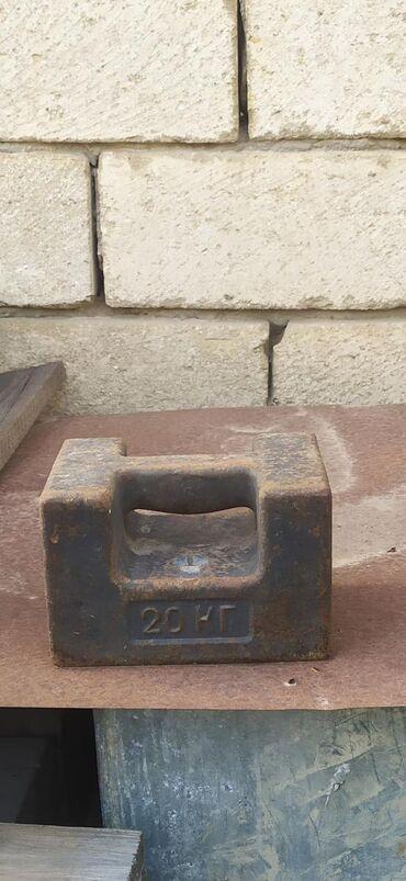 İdman və istirahət Şirvanda: Çəki daşı 20 kq, 3 ədəd var