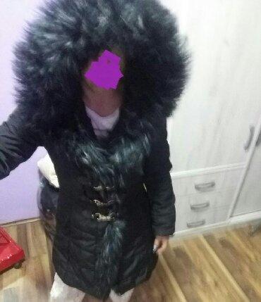 Parka-model-sa-bogatim-krznom-sezonsko - Srbija: Nova zenska jakna sa bogatim krznom cena 3500 din danas na popustu