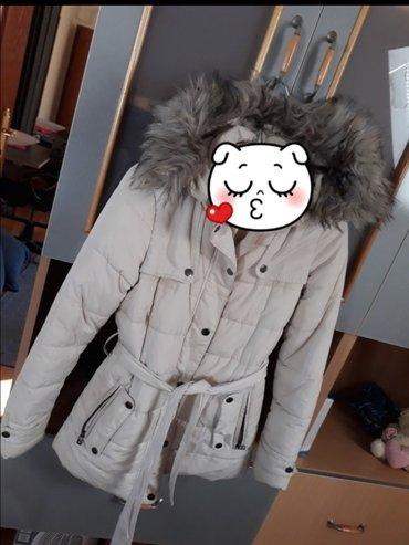 Vrhunska zimska jakna, kupljena u ušću u kotonu. Plaćene je prošle - Beograd