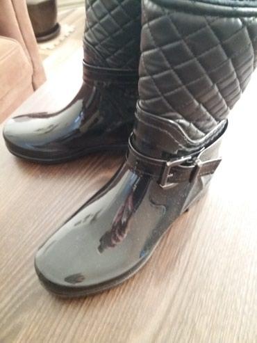 Gumene cizme 37 broj, postavljene nosene mesec dana. - Kosovska Mitrovica