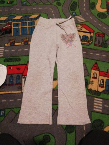 Dečija odeća i obuća - Barajevo: Dečije Farmerke i Pantalone