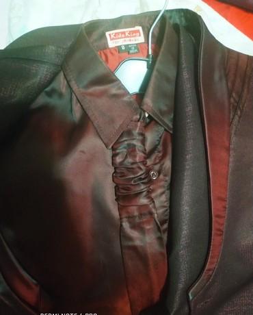 Школьные костюмы для мальчиков - Кыргызстан: Продам школьный костюм для мальчика, купила в Дубае ОАЭ, производства