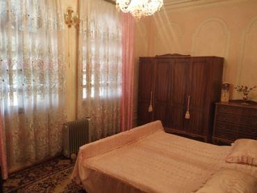 Gəncə şəhərində Gencede vagzalda 2 mertebeli villa tecili satılır 230000 raz