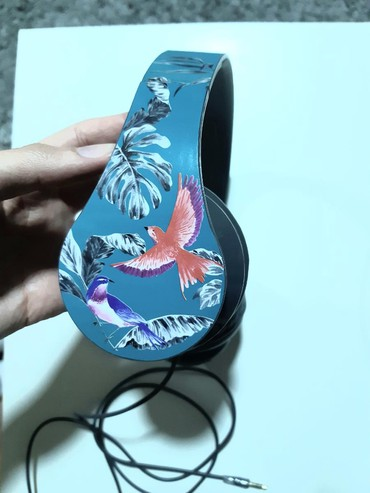 Taifun sako - Srbija: Šarene slušalice sa kutijom. Pulsar.Samo probane, sa interesantnim