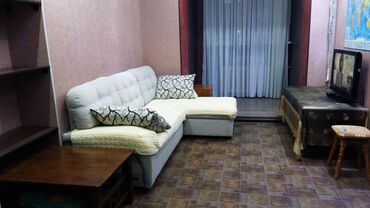 куплю 3 х комнатную квартиру в бишкеке в Кыргызстан: Сдается квартира: 3 комнаты, 55 кв. м, Бишкек