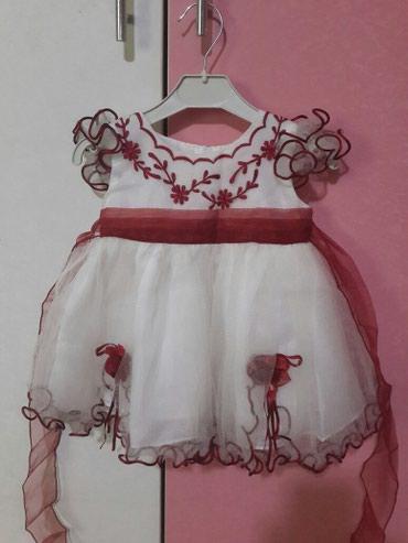 Нарядное платье на 1 год-1,5года.Одевали один раз. в Бишкек