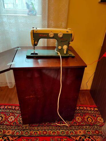 швейный цех в Азербайджан: Tikiş maşini,işleyir,derzi yerlerinde gözel vesait. Her şeyi yerindedi