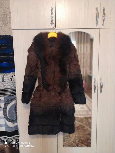 слип без рукавов в Кыргызстан: Продаю шуба рукава и длина съёмный купили. Срочно продаем