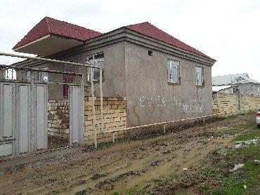 evlərin alqı-satqısı - Biləsuvar: Satış Ev 130 kv. m, 4 otaqlı