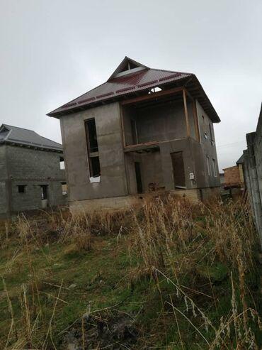 Продажа домов 4 кв. м, 7 комнат, Без ремонта