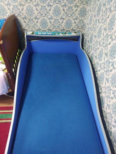 кровать трансформер детская купить в Кыргызстан: Срочно Продаю кровать машинку BMW.состояние хорошее.механизмы все