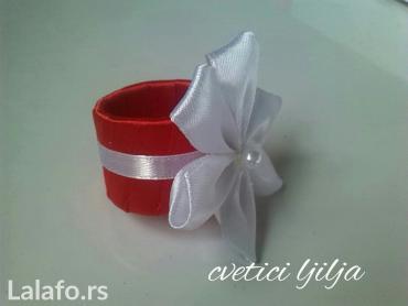 Komplet od 12 prstenova za salvete i ukras  za svecu    - Loznica