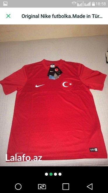 Bakı şəhərində Original Nike futbolka razmer l. Tezedir made in Türkiyə. Profilimdə d