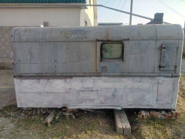 сколько стоит беговая дорожка бу in Кыргызстан | БЕГОВЫЕ ДОРОЖКИ: Будка  Продаю  Утепленный  Отличное  состояние Цена 40.000с