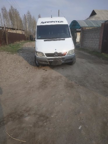 Mercedes-Benz Sprinter 2.7 л. 2004 | 0 км
